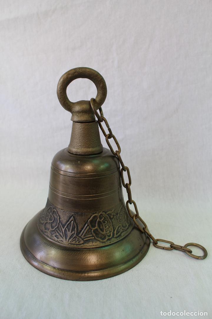Antigüedades: campana en hierro fundido y color dorado envejecido - Foto 4 - 161822736