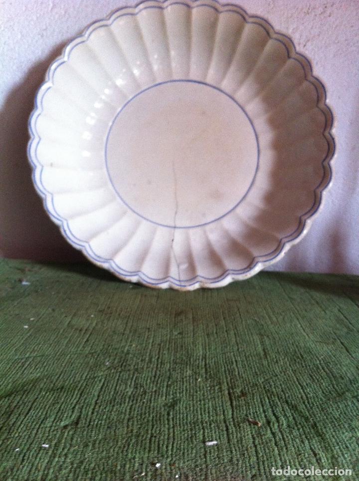 OFERTON GRAN FUENTE CERAMICA VALARINO CARTAGENA CON SELLO DE 1845 (Antigüedades - Porcelanas y Cerámicas - Cartagena)
