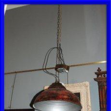 Antigüedades: LAMPARA FOCO INDUSTRIAL EN METAL ROJIZO. Lote 63578620