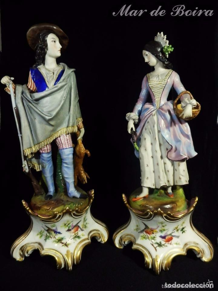 BELLÍSIMA PAREJA EN PORCELANA Y BISCUIT - CENTROEUROPA AÑOS 1800 (Antigüedades - Porcelana y Cerámica - Francesa - Limoges)
