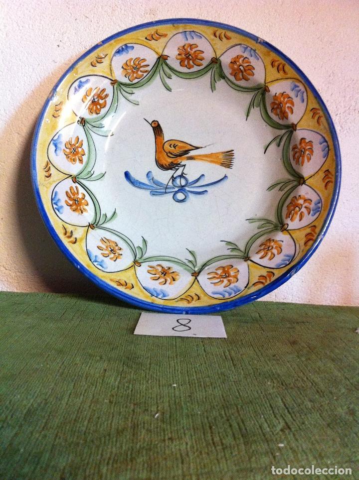 BONITO PLATO DE CERAMICA DE MANISES FIRMADO EN EL SIGLO XIX (8) (Antigüedades - Porcelanas y Cerámicas - Manises)
