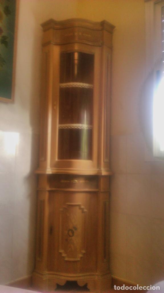 Antigüedades: Preciosa vitrina rinconera con marquetería,cristal curvo,madera noble.inglesa. - Foto 2 - 63964111