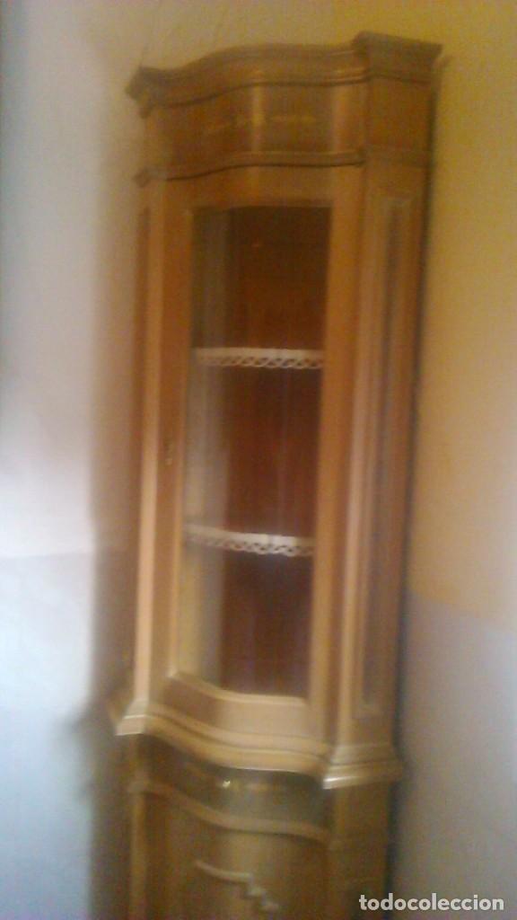 Antigüedades: Preciosa vitrina rinconera con marquetería,cristal curvo,madera noble.inglesa. - Foto 4 - 63964111