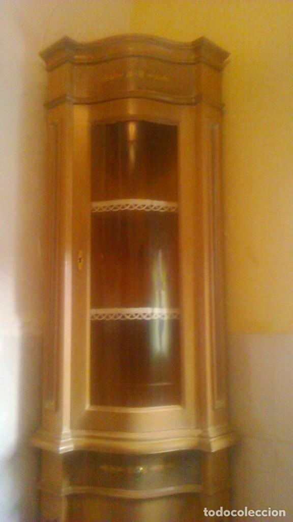 Antigüedades: Preciosa vitrina rinconera con marquetería,cristal curvo,madera noble.inglesa. - Foto 6 - 63964111