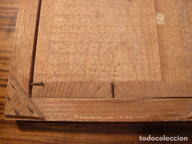Antigüedades: marco de madera con recuerdo primera comunion 1908 - Foto 2 - 63997047