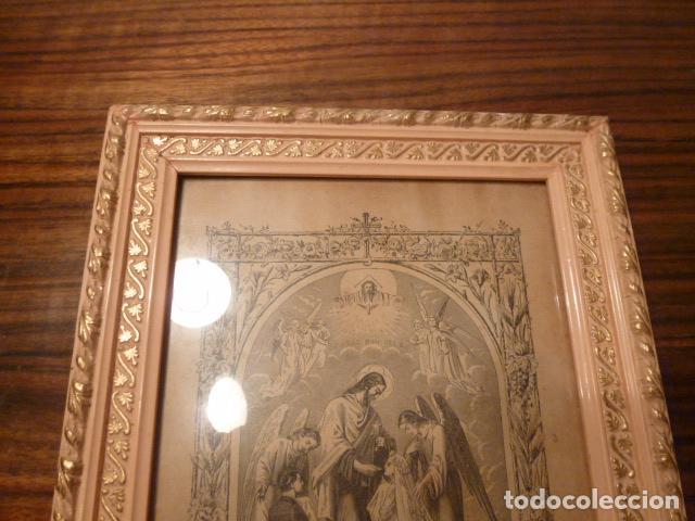 Antigüedades: marco de madera con recuerdo primera comunion 1908 - Foto 4 - 63997047