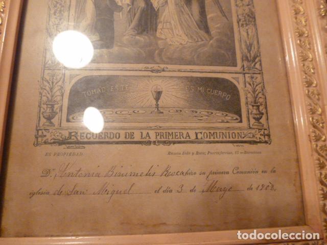 Antigüedades: marco de madera con recuerdo primera comunion 1908 - Foto 6 - 63997047