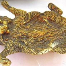 Antigüedades: CENICERO ANTIGUO DE BRONCE EN FORMA DE GATO. Lote 64002267