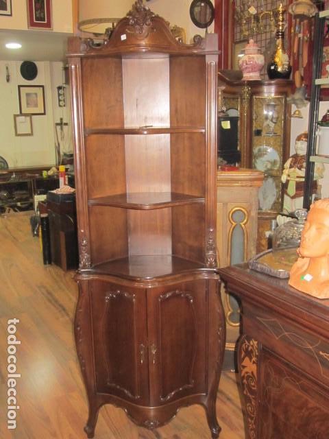 Mueble esquinero de madera con baldas y armario comprar for Bar de madera persa bio bio