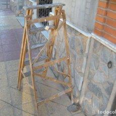 Antigüedades: ANTIGUA ESCALERA DE MADERA. Lote 64114743