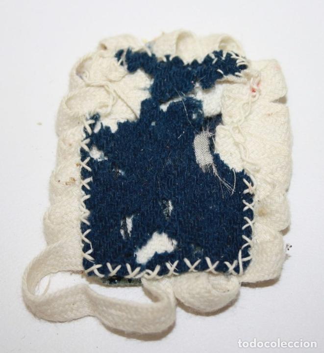 Antigüedades: ESCAPULARIO SANTA CLARA - TELA IMPRESA - 7 * 5,5 CM - PRINC. S. XX - Foto 2 - 45421279