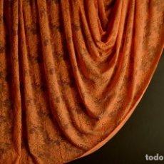 Antigüedades: TEJIDO DE ENCAJE PARA CONFECCIÓN. Lote 137133416