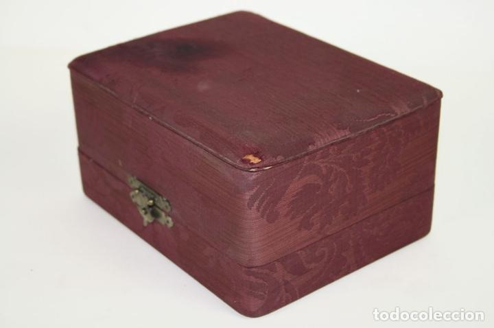 Antigüedades: CASCABEL EN BRONCE. PERTENECIENTE SEGÚN TRADICIÓN CARDENAL RICHELIEU?. XVII - Foto 8 - 45045329