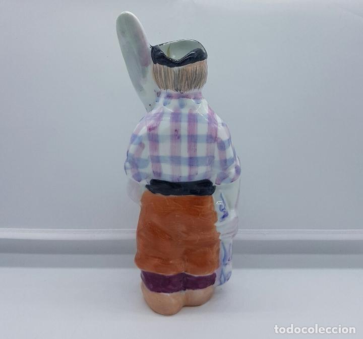 Antigüedades: Figura antigua de pescador en porcelana de CASTRO GALICIA , sellada y acuñada en la base . - Foto 3 - 64313555