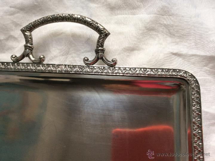 Antigüedades: BANDEJA DE FINALES DEL SIGLO XIX,Ppo XX en Alpaca Plateada ,con contrastes ,ideal decoración - Foto 2 - 64394807