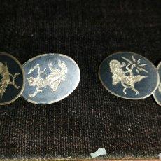Antigüedades: ANTIGUOS GEMELOS AÑOS 40 REALIZADOS EN PLATA DE LEY MOTIVOS ORIENTALES. Lote 113455048