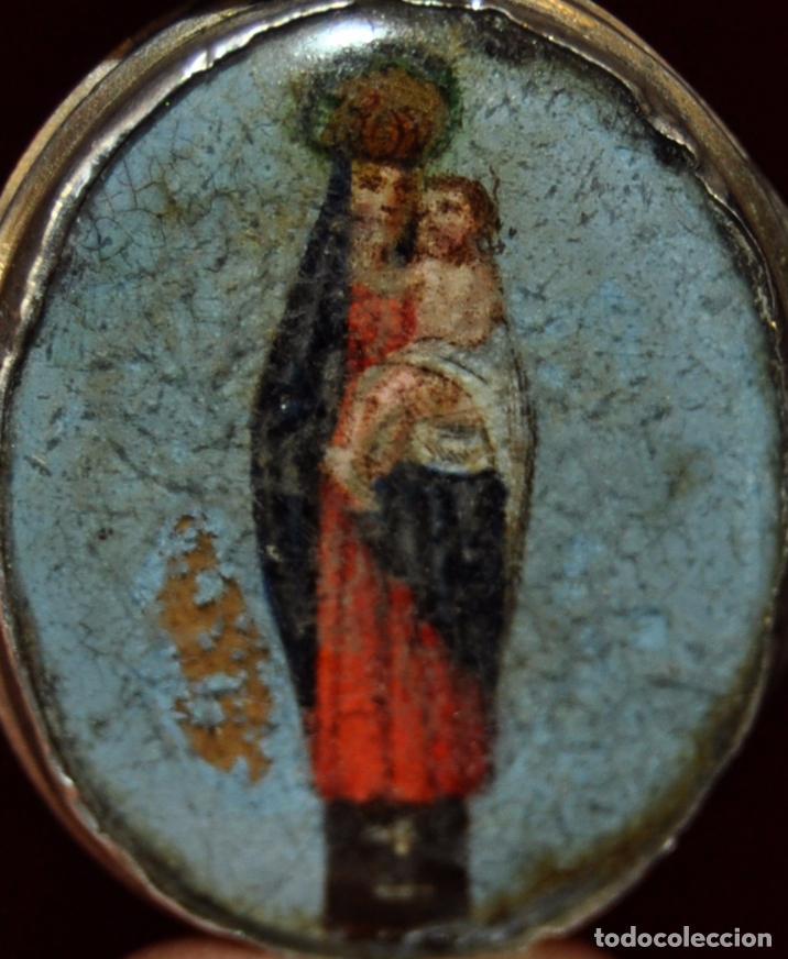 Antigüedades: RELICARIO DE PLATA CON IMAGEN DE LA VIRGEN CON EL NIÑO PINTADA BAJO VIDRIO. FINALES SIGLO XVIII - Foto 2 - 77957002