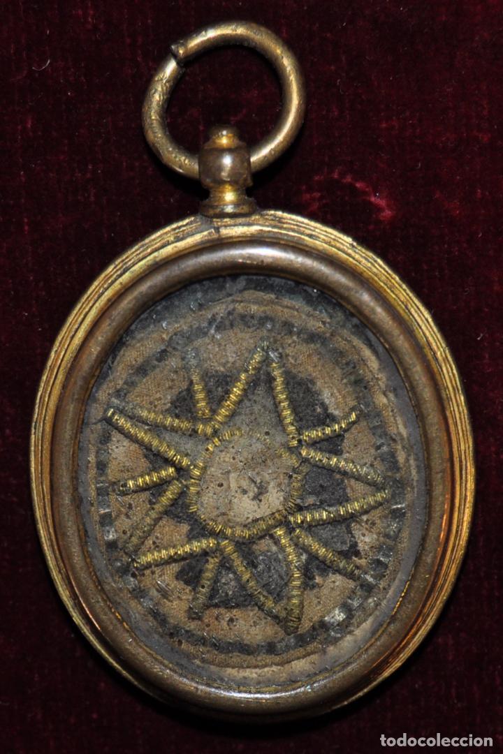 GRAN RELICARIO EN METAL Y PLATA DORADA DEL SIGLO XVIII (Antigüedades - Religiosas - Relicarios y Custodias)