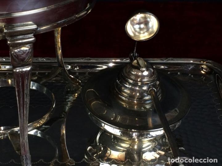 Antigüedades: FONDUE CON BANDEJA. ALPACA CHAPADA EN PLATA. ESPAÑA. CIRCA 1950. - Foto 8 - 111051983