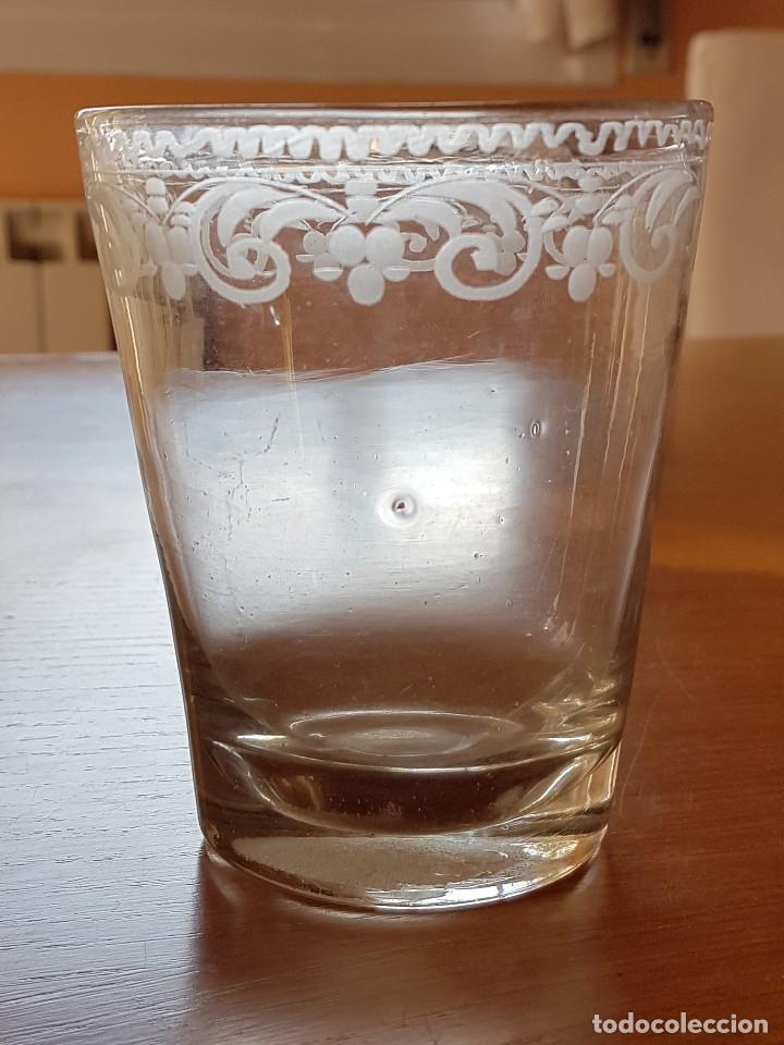 Antigüedades: Vaso de vidrio soplado de La Granja, s. XVIII. - Foto 2 - 64609739