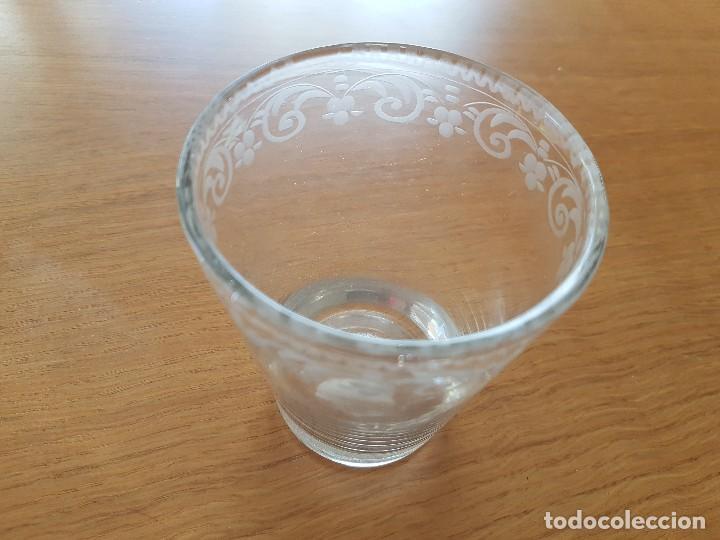Antigüedades: Vaso de vidrio soplado de La Granja, s. XVIII. - Foto 3 - 64609739
