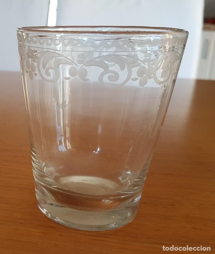 Antigüedades: Vaso de vidrio soplado de La Granja, s. XVIII. - Foto 5 - 64609739