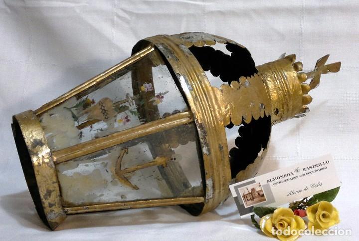 ANTIGUO FAROL PROCESIONAL, DECORADO A MANO. DE ÉPOCA. (Antigüedades - Religiosas - Varios)