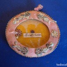 Antigüedades: (ANT-161109)ANTIGUO RELICARIO TELA Y CRISTAL. Lote 64930131