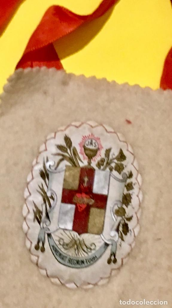 Antigüedades: escapulario apostolado de la oración pio IX 1877 14 JULIO JHS papel algodon 11x9cms sXIX - Foto 3 - 64981947
