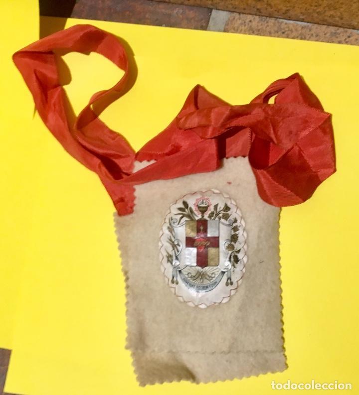 Antigüedades: escapulario apostolado de la oración pio IX 1877 14 JULIO JHS papel algodon 11x9cms sXIX - Foto 10 - 64981947