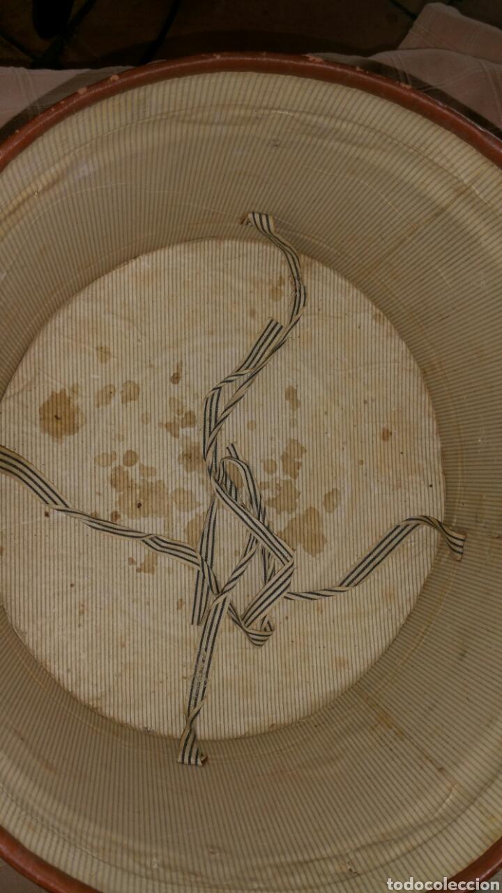 Antigüedades: Antigua sombrerera finales del siglo XIX principios del siglo XX - Foto 8 - 65020641