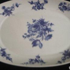 Antiquitäten - Fuente porcelana blanca con flores azules marca DHARMA - 65420791