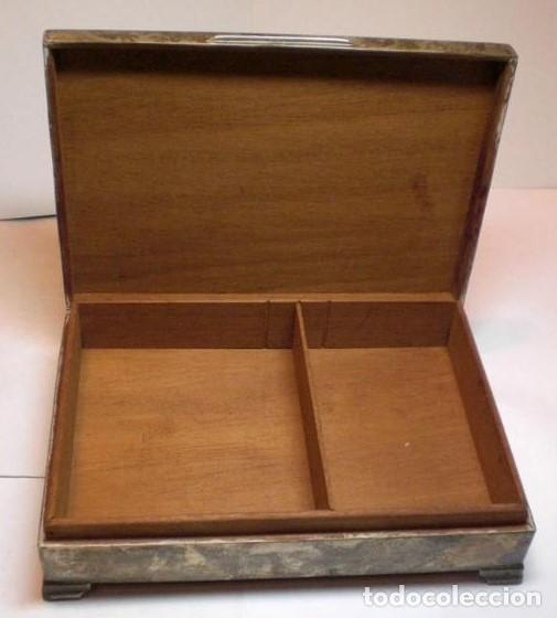 Antigüedades: Antigua Caja o Cigarrera. Plata 925 mls (con contrastes) Interior en Cedro. Bonita pátina antigua. - Foto 2 - 65486902