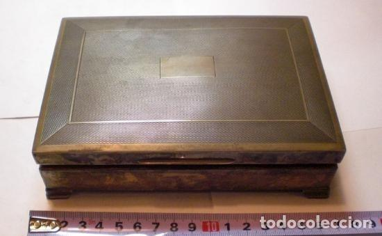 Antigüedades: Antigua Caja o Cigarrera. Plata 925 mls (con contrastes) Interior en Cedro. Bonita pátina antigua. - Foto 5 - 65486902