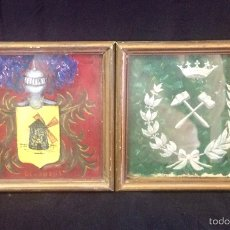 Antigüedades: PAREJA DE ESCUDOS HERÁLDICOS DE APELLIDOS. Lote 65576406