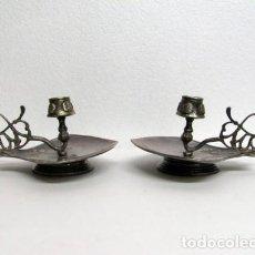 Antigüedades: PORTAVELAS MODERNISTAS DE ALPACA. Lote 65657754