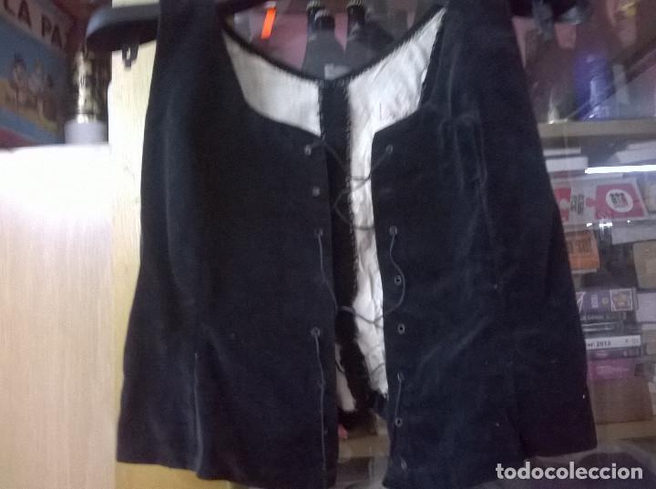 Antigüedades: Cuatro piezas traje catalana siglo xix - Foto 13 - 65667094