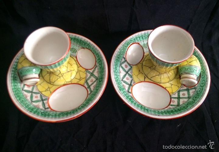 Antigüedades: Pareja de hueveras con salero de cerámica francesa - Foto 2 - 65752710