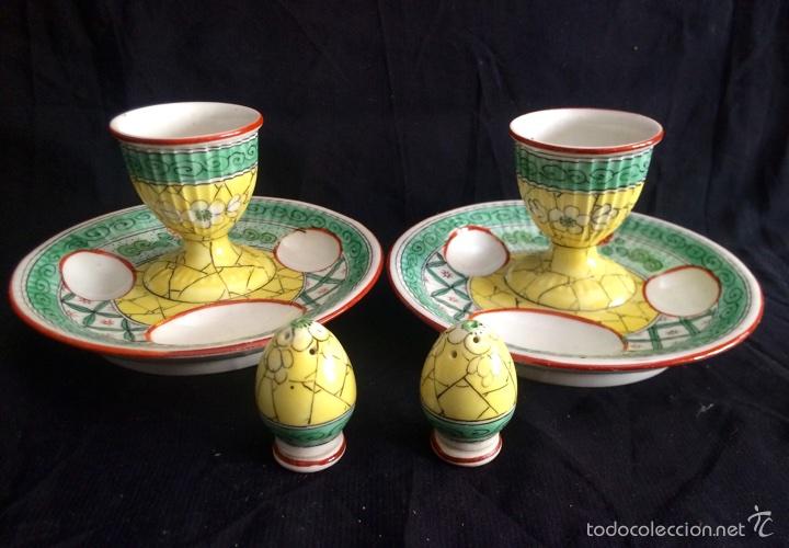 Antigüedades: Pareja de hueveras con salero de cerámica francesa - Foto 3 - 65752710