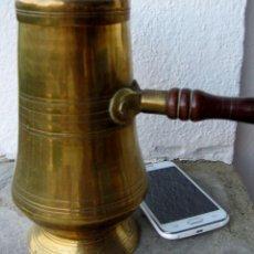 Antigüedades: CHOCOLATERA DE BRONCE.. Lote 65794958