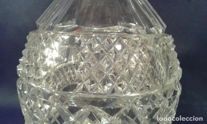 Antigüedades: Botella de cristal tallado. ¿Inglaterra?. Siglo XIX-XX. - Foto 5 - 65872154