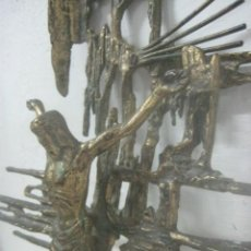 Antigüedades: IMPRESIONANTE CRUCIFIJO MODERNISTA HECHO COMPLETO EN BRONCE MACIZO DATA DEL 1930, MUY DALINIANO. Lote 65883394