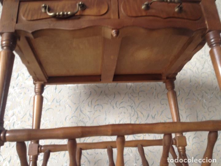 Antigüedades: MESA REVISTERO CON CAJONES - Foto 7 - 65891702