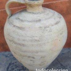 Oggetti Antichi: CÁNTARO DE AGUA ALFAR DE LUCENA S. XIX. 35 CMS DE ALTURA (BUEN TAMAÑO).. Lote 152267353