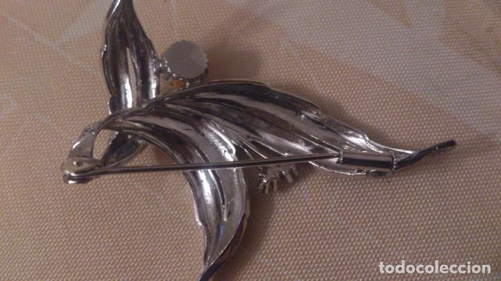 Antigüedades: Precioso broche de plata con una perla cultivada y circonitas.brillo y mate. - Foto 5 - 65977322