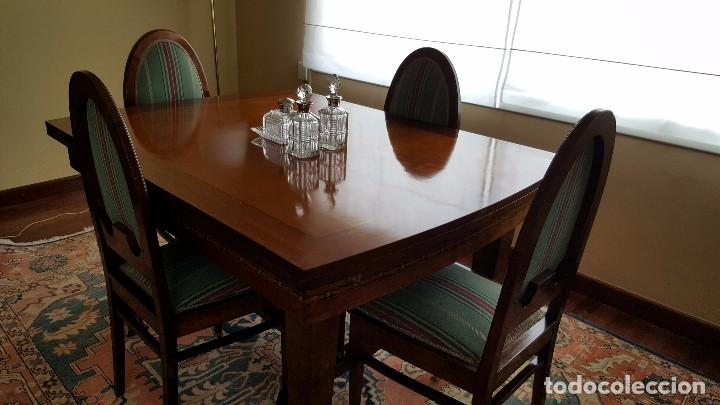 Conjunto mesa comedor caoba y seis sillas