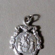 Antigüedades: MEDALLA VIRGEN DEL ROSARIO DE POMPEYA DE PLATA BAJA, PRIN S XX. Lote 66034846