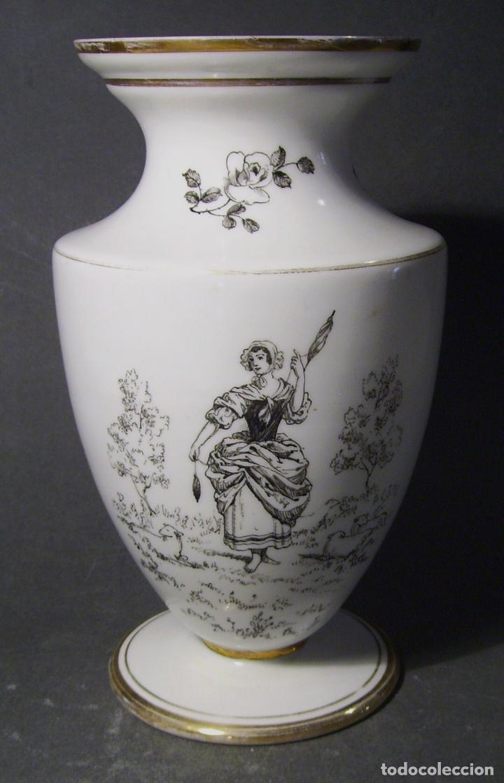 Antigüedades: JARRÓN DE OPALINA BLANCA - Foto 2 - 66302530
