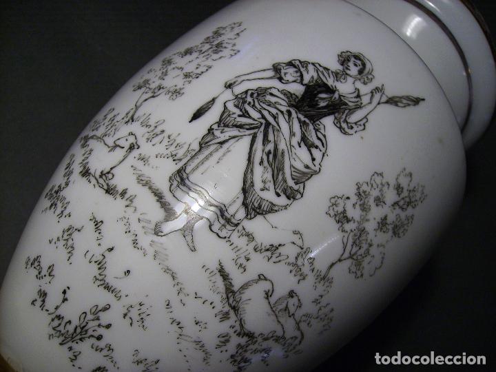 Antigüedades: JARRÓN DE OPALINA BLANCA - Foto 8 - 66302530