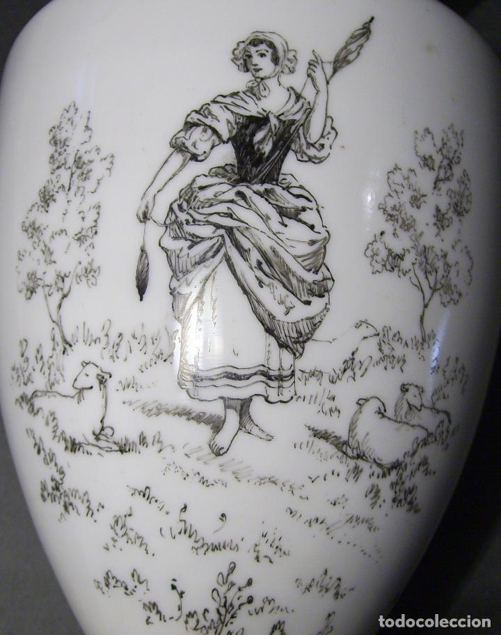 Antigüedades: JARRÓN DE OPALINA BLANCA - Foto 10 - 66302530